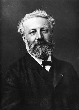 Portrait de Jules Verne par Nadar. Source : http://data.abuledu.org/URI/53f0d880-portrait-de-jules-verne-par-nadar