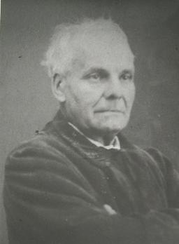 Portrait de Pierre Boulanger. Source : http://data.abuledu.org/URI/53e392ea-portrait-de-pierre-boulanger