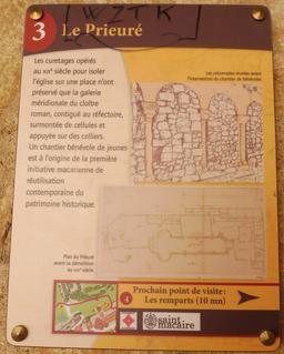 Prieuré de Saint-Macaire-33. Source : http://data.abuledu.org/URI/599a9ae2-prieure-de-saint-macaire-33