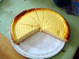 Problème des parts de gâteau. Source : http://data.abuledu.org/URI/5705949e-probleme-des-parts-de-gateau