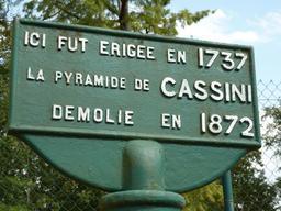 Pyramide de Cassini à Cestas. Source : http://data.abuledu.org/URI/58284fd4-pyramide-de-cassini-a-cestas