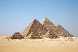 Pyramides de Gizeh. Source : http://data.abuledu.org/URI/52b0bf7e-pyramides-de-gizeh
