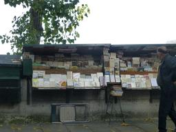 Quais et bouquinistes à Paris. Source : http://data.abuledu.org/URI/581a2721-quais-et-bouquinistes-a-paris