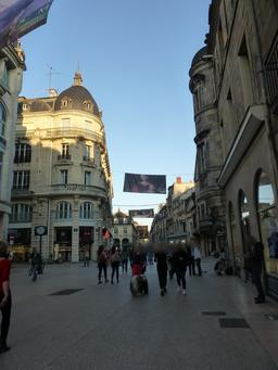 Quartier piéton à Dijon. Source : http://data.abuledu.org/URI/582052e7-quartier-pieton-a-dijon-
