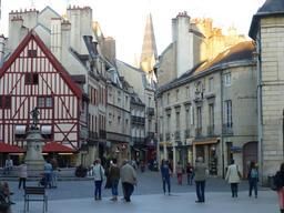 Quartier sauvegardé à Dijon. Source : http://data.abuledu.org/URI/58205427-quartier-sauvegarde-a-dijon-