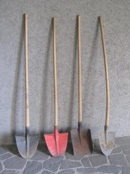 Quatre pelles. Source : http://data.abuledu.org/URI/53733056-quatre-pelles