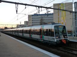 Rame de RER rénovée. Source : http://data.abuledu.org/URI/56d0d38f-rame-de-rer-renovee-