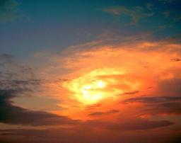 Rayons du crépuscule. Source : http://data.abuledu.org/URI/50be3dfe-rayons-du-crepuscule