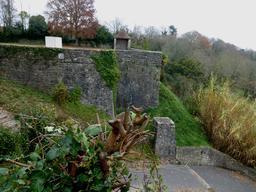Remparts de Sauveterre-de-Béarn. Source : http://data.abuledu.org/URI/5866906e-remparts-de-sauveterre-de-bearn