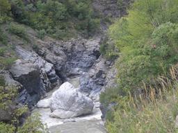 Rivière Devoll en Albanie. Source : http://data.abuledu.org/URI/55615fb9-riviere-devoll-en-albanie