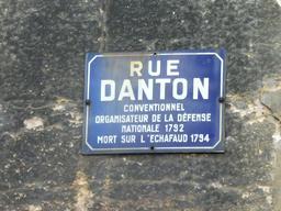 Rue Danton à Dijon. Source : http://data.abuledu.org/URI/59268ecd-rue-danton-a-dijon