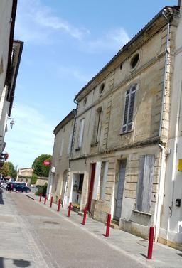 Rue de l'Euille à Cadillac-33. Source : http://data.abuledu.org/URI/599a91e8-rue-de-l-euille-a-cadillac-33