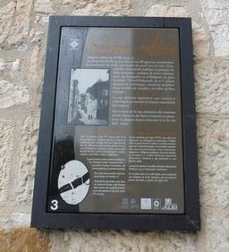 Rue de la grand'côte à Albi. Source : http://data.abuledu.org/URI/59c18918-rue-de-la-grand-cote-a-albi