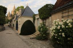 Rue de Loches. Source : http://data.abuledu.org/URI/55e418da-rue-de-loches