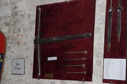 Salle d'armes médiévale au château de Mauvezin. Source : http://data.abuledu.org/URI/54b834fe-salle-d-armes-medievale-au-chateau-de-mauvezin