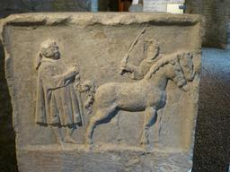 Salle gallo-romaine au musée archéologique de Dijon. Source : http://data.abuledu.org/URI/5820cbb7-salle-gallo-romaine-au-musee-archeologique-de-dijon