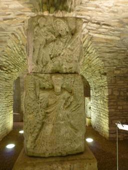 Salle gallo-romaine au musée archéologique de Dijon. Source : http://data.abuledu.org/URI/5820ce2e-salle-gallo-romaine-au-musee-archeologique-de-dijon