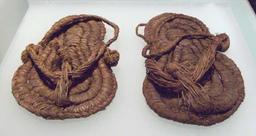 Sandales préhistoriques. Source : http://data.abuledu.org/URI/534abde7-sandales-prehistoriques