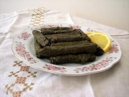 Sarma turc. Source : http://data.abuledu.org/URI/548f22a8-sarma-turc