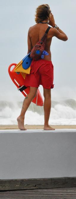 Sauveteur de surf. Source : http://data.abuledu.org/URI/53859684-sauveteur-de-surf