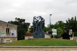 Sculpture viticole de Paul Bracq. Source : http://data.abuledu.org/URI/5441adaa-sculpture-viticole-de-paul-bracq