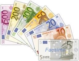 Sept billets d'euros espagnols. Source : http://data.abuledu.org/URI/503fc778-sept-billets-d-euros-espagnols
