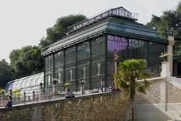 Serre au Jardin des Plantes. Source : http://data.abuledu.org/URI/53e27ca9-serre-au-jardin-des-plantes
