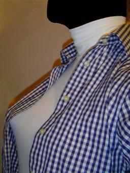 Sous-pull blanc à col roulé. Source : http://data.abuledu.org/URI/50fd6453-sous-pull-blanc-a-col-roule
