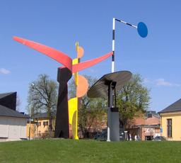 Stabile de Calder à Stockholm. Source : http://data.abuledu.org/URI/541edc9f-stabile-de-calder-a-stockholm
