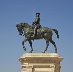 Statue d'Anne de Montmorency. Source : http://data.abuledu.org/URI/5019a6f4-statue-d-anne-de-montmorency