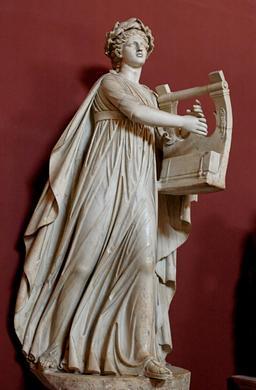 Statue d'Apollon citharède. Source : http://data.abuledu.org/URI/54b45c9b-statue-d-apollon-citharede