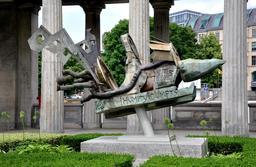 Statue de Humpty Dumpty à Berlin. Source : http://data.abuledu.org/URI/54ee344f-statue-de-humpty-dumpty-a-berlin