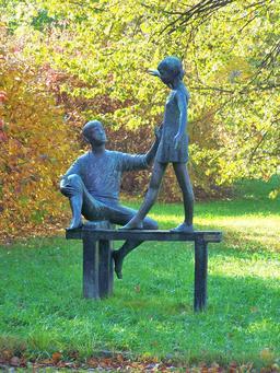 Statue de l'équilibriste. Source : http://data.abuledu.org/URI/53b72f62-statue-de-l-equilibriste