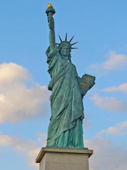 Statue de la Liberté. Source : http://data.abuledu.org/URI/5019a666-statue-de-la-liberte