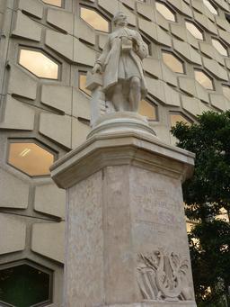Statue de Rameau à Dijon. Source : http://data.abuledu.org/URI/581c8efb-statue-de-rameau-a-dijon
