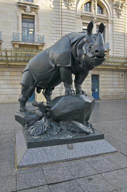 Statue de Rhinocéros de 1878. Source : http://data.abuledu.org/URI/53e3749d-statue-de-rhinoceros-de-1878