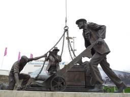 Statue des dockers de Londres. Source : http://data.abuledu.org/URI/5654a72f-statue-des-dockers-de-londres