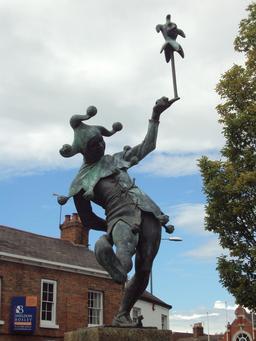 Statue du bouffon. Source : http://data.abuledu.org/URI/5407c603-statue-du-bouffon