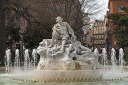 Statue du poète occitan Pèire Godolin à Toulouse. Source : http://data.abuledu.org/URI/54146afc-statue-du-poete-occitan-peire-godolin-a-toulouse
