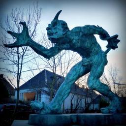Statue du troll de Copenhague. Source : http://data.abuledu.org/URI/59181efc-statue-du-troll-de-copenhague