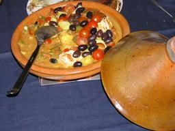Tajine. Source : http://data.abuledu.org/URI/5113d908-tajine-