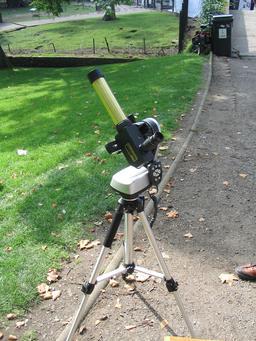 Télescope solaire. Source : http://data.abuledu.org/URI/550d8afa-telescope-solaire-