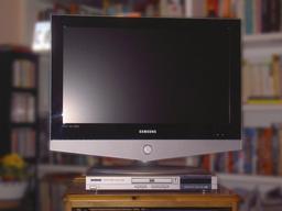 Téléviseur. Source : http://data.abuledu.org/URI/51c30de8-televiseur