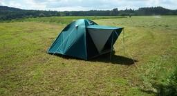 Tente de camping. Source : http://data.abuledu.org/URI/47f5f842-tente-de-camping