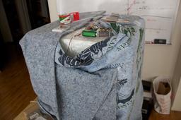 Test de chaleur au Fab lab de Jalalabad. Source : http://data.abuledu.org/URI/58866939-test-de-chaleur-au-fab-lab-de-jalalabad