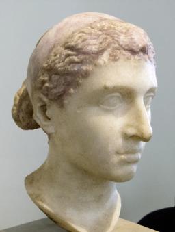 Tête de Cléopâtre. Source : http://data.abuledu.org/URI/503e5e65-tete-de-cleopatre
