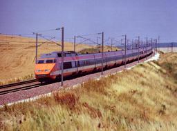 TGV de Paris à Dijon en 1984. Source : http://data.abuledu.org/URI/56574433-tgv-de-paris-a-dijon-en-1984