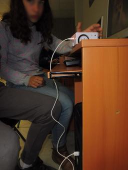 Thymio au collège Calandreta. Source : http://data.abuledu.org/URI/58d78d99-thymio-au-college-calandreta