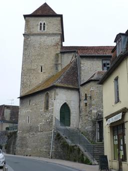 Tour carrée de Salies-de-Béarn. Source : http://data.abuledu.org/URI/5865e193-tour-carree-de-salies-de-bearn