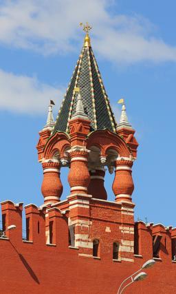 Tour du tsar au Kremlin. Source : http://data.abuledu.org/URI/5416defe-tour-du-tsar-au-kremlin